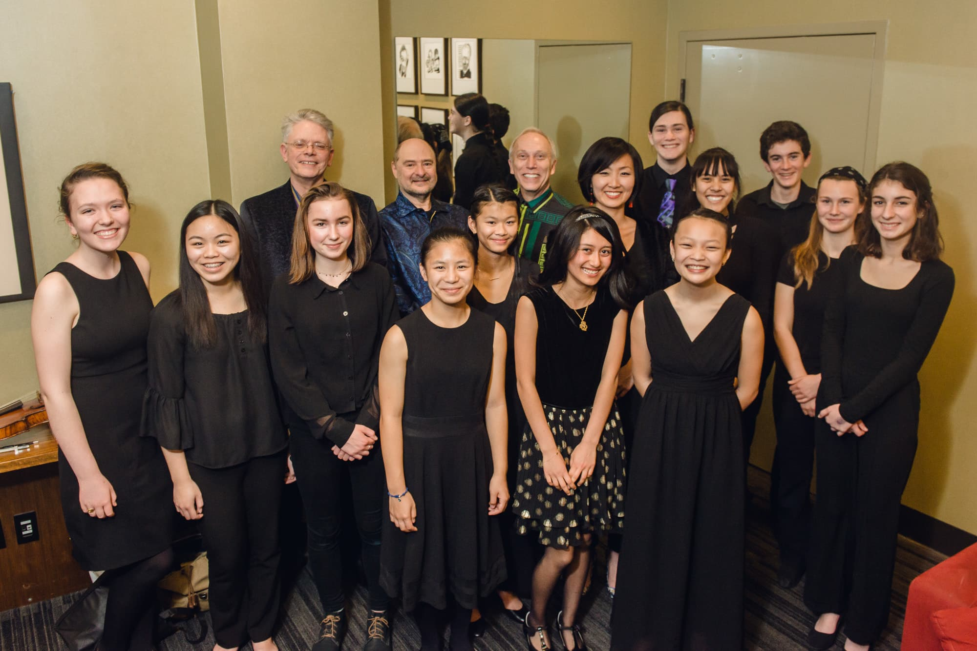 Kronos Quartet with students from Berkeley and Oakland, credit Lenny Gonzalez